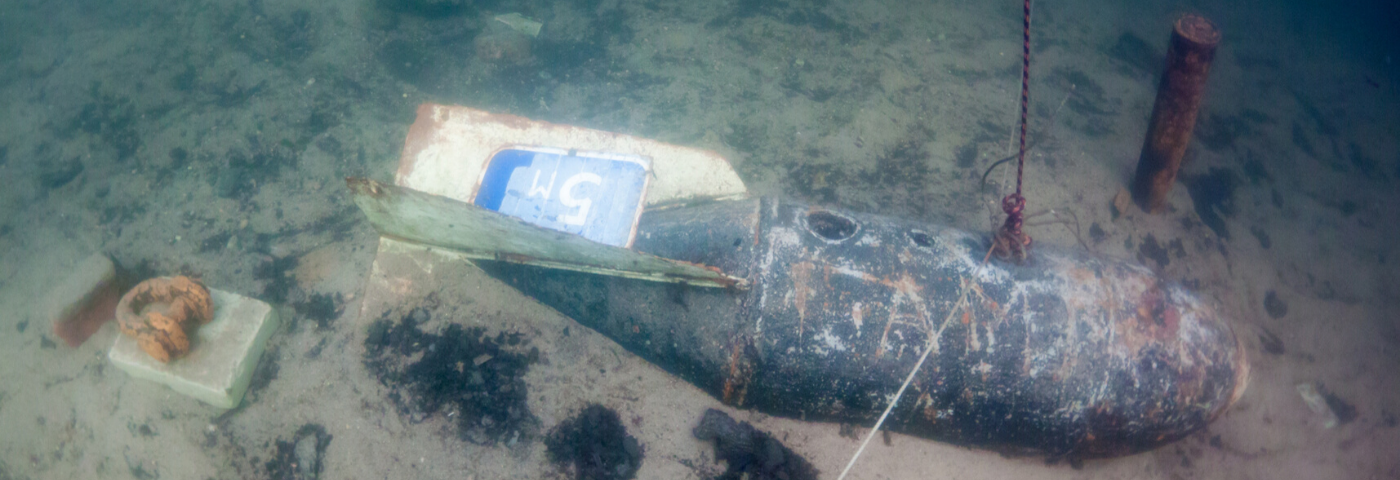 Laser scanners to aid in detecting explosive ordnance on the seabed